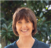Associate Professor Lisa Lampe
