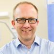 Associate Professor Martin Veysey