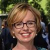 Dr Karen McNeil