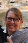 Dr Liza Elliott